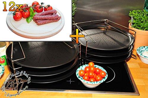 6 Stk. rundes Pizzablech mit gelochtem Boden + 2x 4 stufiger Edelstahl-Pizzablechhalter, TRADITIONELL, ca. 33 cm x 1 mm & 12 mal Hochwertiges, dickes ca. 16 mm Buche - SPÜLMASCHINENFEST '*' -Grill-Holzbrett mit Rillung natur, Maße rund ca. 25 cm Durchmesser als Bruschetta-Servierbrett, Brotzeitbrett, Bayerisches Brotzeitbrettl, NEU Massive Schneidebretter, Frühstücksbretter,