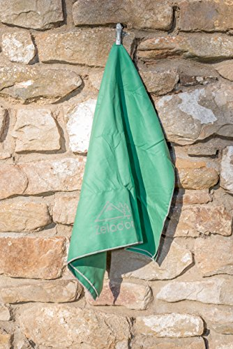 forest-green-small-microfiber-trek-towel-40x80cm-with-carry-case