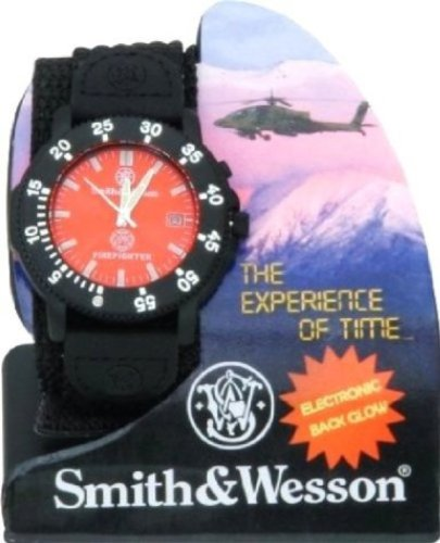 smith-wesson-firefighter-watch-montre-homme-officiel-pompier-americain-modele-the-experience-of-time