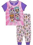 Pigiama per ragazze LOL Surprise. Con indosso questo pigiama, la tua piccola diva sarà favolosa tutto il giorno, anche quando starà giocando con i suoi LOL da collezionare durante il giorno o quando sarà pronta per andare a letto. Il completo...