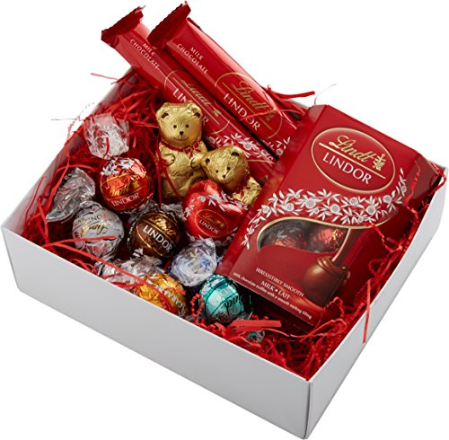 the-happy-birthday-lindt-gift-selection-box-packed-with-lindt-lindor-treats-by-moreton-gifts