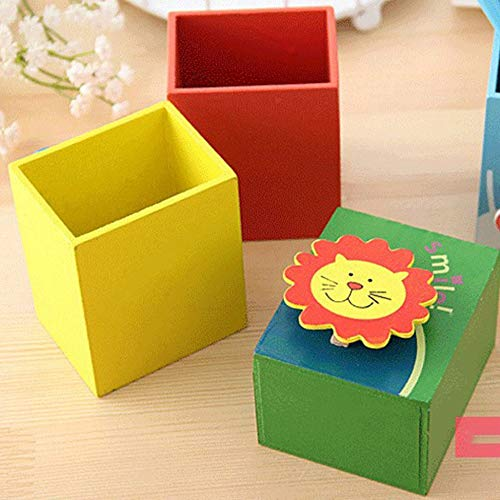 Wooden pen holder cartoon pen holder Simple and practical design.casuale