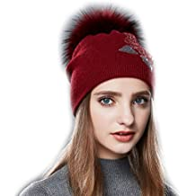 d0ae3c559983 URSFUR Femme Fille Chapeau Bonnet Béret Beanie Tendance à Pompon Fourrure  Bonnet Tricot ...