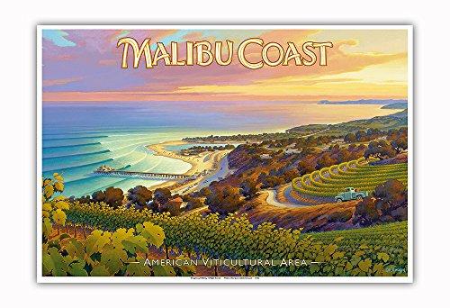 Pacifica Island Art - Weingüter an der Malibu Küste - Hügel von Santa Monica - South Coast AVA - Weinland Kalifornien Kunst von Kerne Erickson - Kunstdruck 33 x 48 cm -