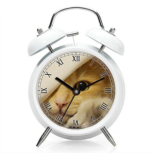 Nachttisch Wecker mit Hintergrundbeleuchtung, batteriebetrieben Reise-Uhr, Runde Twin Bell Laut Wecker (individuelle Muster) 301. Norwegische Waldkatze, Katze, Bernstein, Gesicht, Katzenaugen, Pet