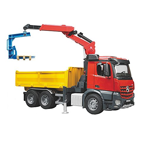 bruder-mb-arocs-construction-truck-with-crane-clamshell-buckets-and-pallets