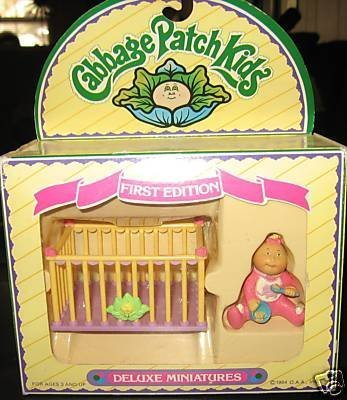 cabbage-patch-kids-deluxe-miniatures-first-edition-with-playpen-1984-by-cabbage-patch-kids
