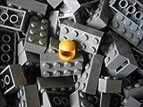LEGO CITY - 50 Steine im neuen dunkelgrau mit 2x4 Noppen plus 1 seltener Helm in gold