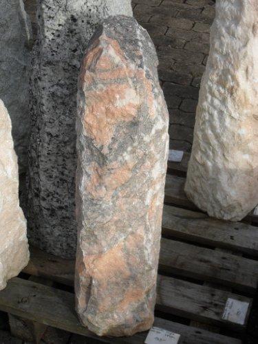 Monolith aus orange grauem Onyx - 78 cm hoch - Kiesel Kieselsteine Findling Quellstein Brunnen