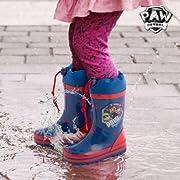 I bambini stanno aspettando la pioggia per poter indossare gli stivali da pioggia blu PAW Patrol di moda tra i bambini!Realizzati in gomma Cordoncino regolabile Includono solette all'interno