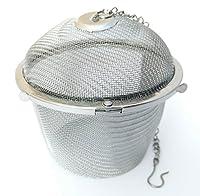 Un vrai classique: la boule à épices/passoire à thé.Ils sont disponibles en différentes formes et tailles.Cette passoire à thé a une taille d'environ Ø 8,5cm
