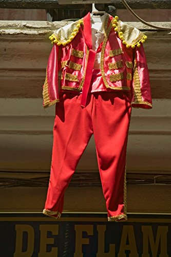 ramic Images – Red toreador bull fighting outfit for boy hangs in Centro old district of Sevilla Spain Kunstdruck (60,96 x 91,44 cm) (Bull Outfit)