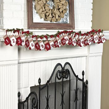 Cute Mini Stockings Christmas Countdown Garland by