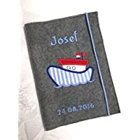 Individualsisierbare U-Heft Hülle aus Filz bestickt mit Namen und Geburtsdatum