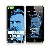 Coque iPhone 5C de chez Skinkin - Design original : Nietzsche par Fists et Lettres