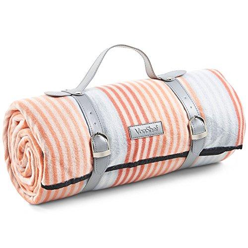 VonShef XL Picknickdecke mit Orangen Streifen/Fleecedecke mit Tragegurt aus Kunstleder und Wasserfester Beschichtung - 147 x 180 cm