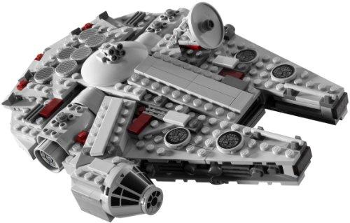 LEGO-Star-Wars-7778-Midi-scale-Millennium-Falcon