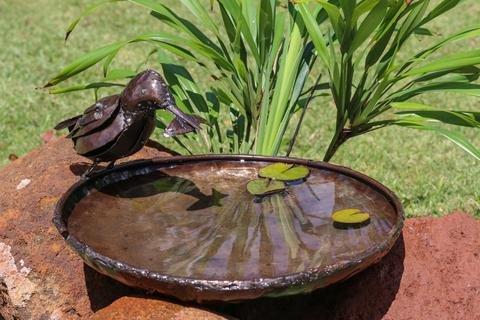 Delightful RSPB Metall Kingfisher Vogeltränke, 30cm Dia–Teil der handgefertigt tilnar Fair Trade Serie