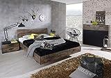 lifestyle4living Bett in 140 x 200 cm in Vintage-Optik braun, Kopfteil mit 2 Blenden in Vintage-Optik, Maße: B/H/T ca. 147/83/215 cm