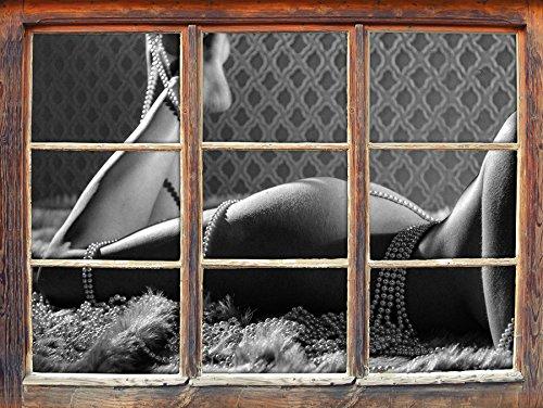u in Perlen eingewickelt auf dem Bett liegend Kunst B&W Fenster im 3D-Look, Wand- oder Türaufkleber Format: 92x62cm, Wandsticker, Wandtattoo, Wanddekoration ()