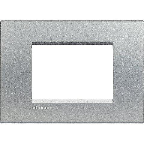 BTICINO Living Light Plaque Quadra 3P, LNA4803TE