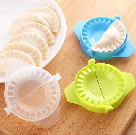 Verwenden Ravioli Maker (uchic 5 x Dumpling Maker Backform Teig Press Dumpling Pie Ravioli, zu kochen Gebäck zu Werkzeug für Küche Farbe zufällige)