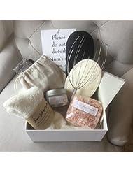 """Geschenkset """"Me Time"""" für Mütter, mit silberner Prägung, inkl. 9-teiligem Luxus-Set - ein wunderbares Geschenk für (werdende) Mütter"""