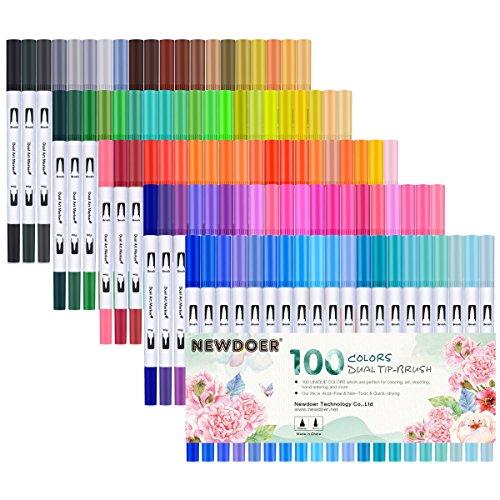 Newdoer Farben 2 mm Dual Brush Pen Art Marker, Pinsel Spitze und 0,4 mm feine Spitze Zeichnen, Skizzieren, Malen und die Schaffung Aquarell Effekt 100-pack