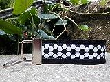 Schlüsselanhänger Schlüsselband Wollfilz schwarz Fußball weiß schwarz Geschenk!