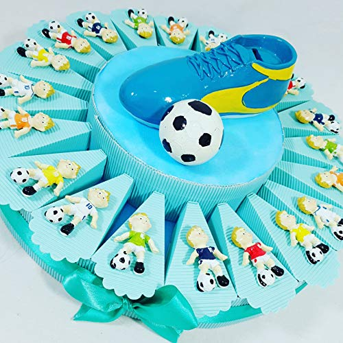 Torta bomboniera portaconfetti compleanno nascita comunione con bambino che gioca a calcio pallone + oggetti a calamita + centrale + confetti