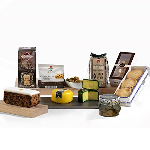 Hay Hampers Traditional and Luxury The Night Before Christmas Hamper Box - FREE UK Delivery
