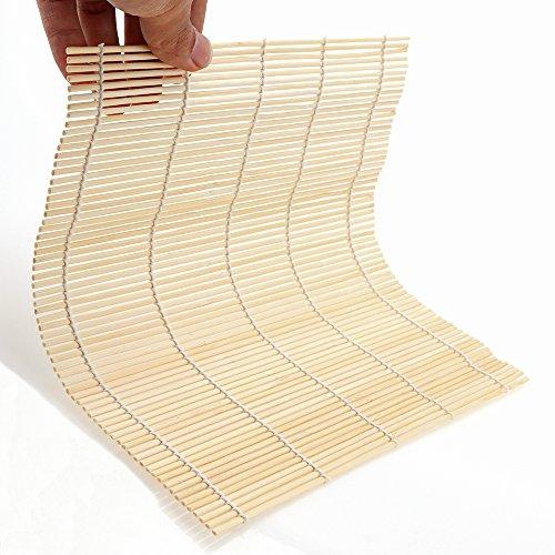 """Características:   Tamaño. La estera del balanceo mide aprox. 9.5 * 9.5 """".  Paquete. El kit para hacer sushi consta de una estera de bambú natural.  Nota. Se recomienda lavar a mano, evitar las altas temperaturas, la humedad y la luz solar directa. ..."""