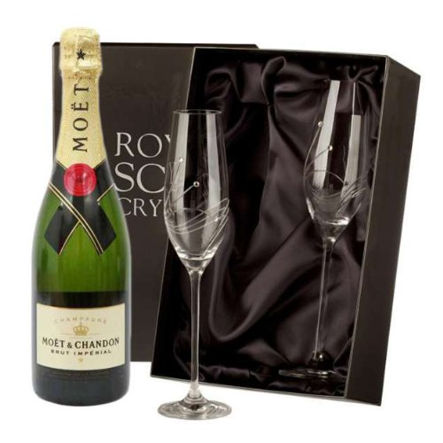 DrinxCom Moet and Chandon Brut Imperial with Swarovski Crystal Flutes in Gift Box NV 75 cl