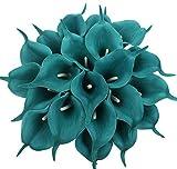 Material:Flores de látex y tallos con alambres en su interior. Tamaño: longitud total de unos 34 cm; la cabeza de flor mide aprox. 5,4 cm de diámetro.Cantidad: 20 piezas de flores de lirio de calla. Marca: Xiuer.Para decoración: parecen reale...