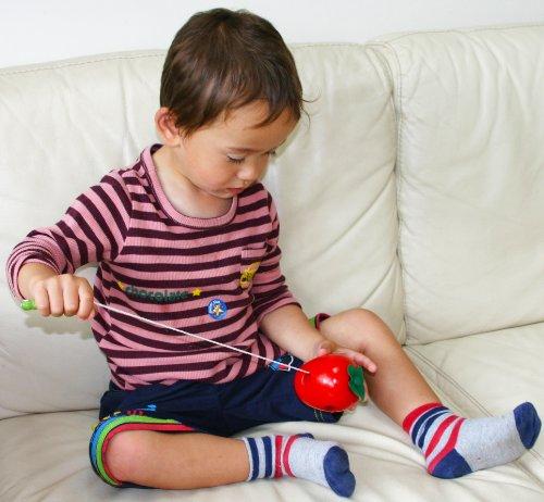 Wood Roscar 3 Para Oxford Juegos Juguete Juguetes Años Ensartar Of Manzana Niños Madera Toys Rosca De 5qjcS4AR3L
