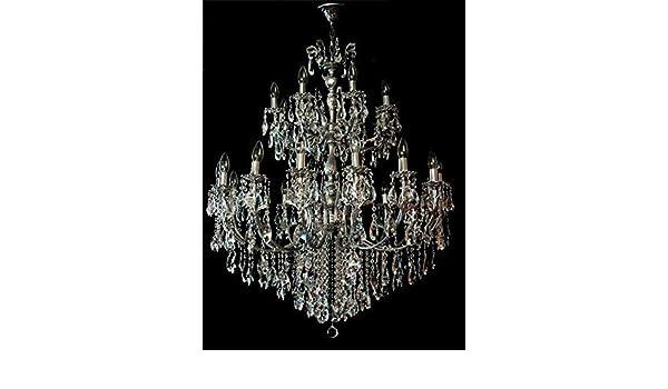 Kronleuchter Franske ~ Riesiger barocker kristall kronleuchter über ebenen
