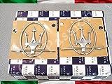 COPPIA stemma logo MASERATI GHIBLI LEVANTE ORIGINALE MONTANTE PORTIERA LATERALE DESTRO + SINISTRO FREGIO