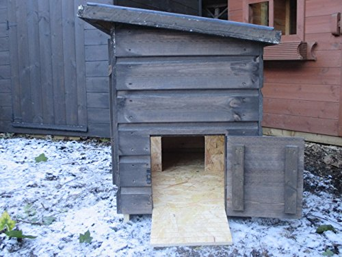 Northumberland Joinery Tortoise House 100x50x70 3