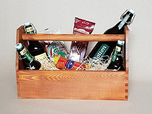 Präsentkorb / Geschenkkorb / Werkzeugkiste Nagelkiste, Vollholz, braun lasiert mit Holzwolle gefüllt - ohne Deko / weiteren Inhalt