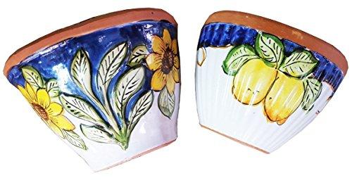 Gerla a muro/vaso a parete (1 pezzo) per fiori e piante in ceramica artistica vietrese dipinta a mano- made in italy; lunghezza cm. 23, altezza cm. 18.