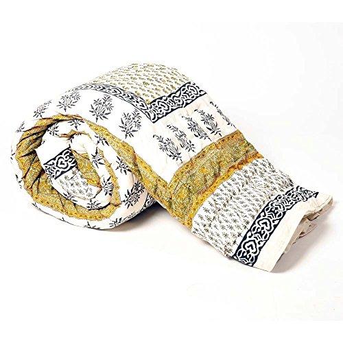 Jaipuri Fancy Floral Print Cotton Double Bed Quilt - Green