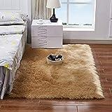 YIHAIC Faux Lammfell Schaffell Teppich, Modern Wohnzimmer Teppich Flauschig Lange Haare Fell Optik Gemütliches Schaffell Bettvorleger Sofa Matte (Braun, 60 x 90 cm)