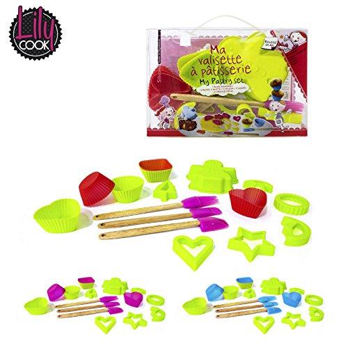 SAVEUR ET DEGUSTATION KP5089 - Valigetta-regalo per bambini, con 16 utensili da pasticceria in silicone e plastica, colore: Colori casuali