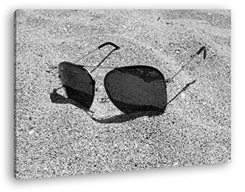 deyoli sandiger Blick durch die Sonnenbrille Format: 60x40 Effekt: Zeichnung als Leinwand, Motiv fertig gerahmt auf Echtholzrahmen, Hochwertiger Digitaldruck mit Rahmen, Kein Poster oder Plakat