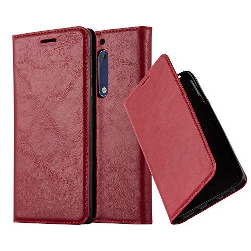 Cadorabo Hülle für Nokia 5-2017 - Hülle in Apfel ROT – Handyhülle mit Magnetverschluss, Standfunktion und Kartenfach - Case Cover Schutzhülle Etui Tasche Book Klapp Style