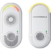 Motorola MBP 8 - Vigilabebés audio plug-n-go con modo eco y luz nocturna, color blanco