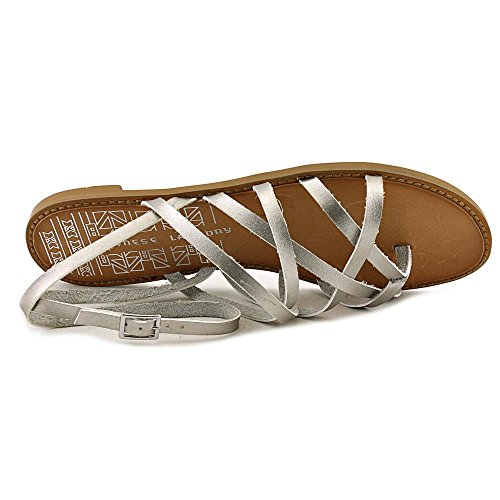 Chinese Laundry Gia Lackleder Gladiator Sandale Silver