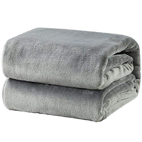 Bedsure Kuscheldecke Grau XL Decke Sofa, weiche& warme Fleecedecke als Sofadecke/Couchdecke, kuschel Wohndecken Kuscheldecken, 150x200 cm extra flaushig und plüsch Sofaüberwurf Decke