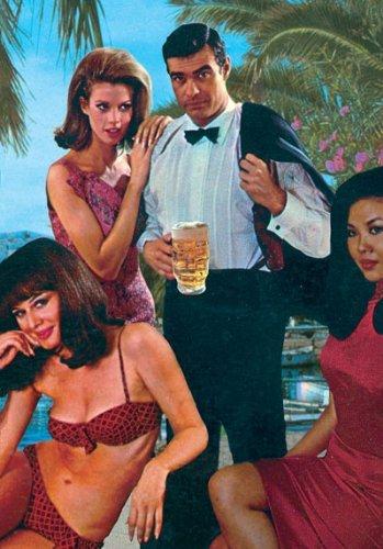 Postkarte Von Max Hernn (Spion-anzug)
