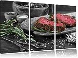 Saftiges Steak Zubereitung schwarz/weiß 3-Teiler Leinwandbild 120x80 Bild auf Leinwand, XXL riesige Bilder fertig gerahmt mit Keilrahmen, Kunstdruck auf Wandbild mit Rahmen, günstiger als Gemälde oder Ölbild, kein Poster oder Plakat